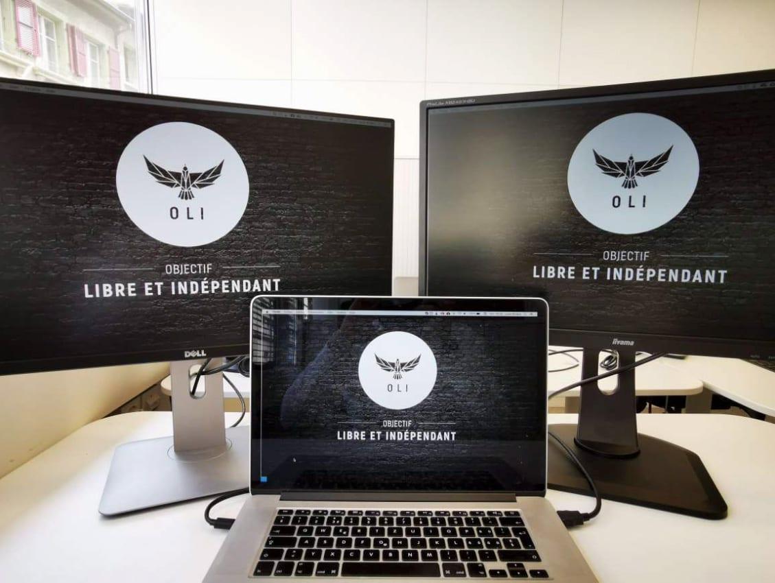 Fond d'écran objectif libre et indépendant